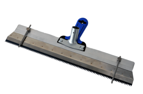 Алу. ракел за саморазливни смеси със зъбци - 560 мм, вкл. дръжка